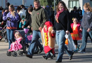 Hot dog in parade